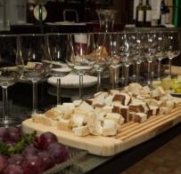 Polska winnica St.Vincent ikozie sery zagrodowe